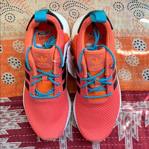 f217c741f9f4f Adidas Originals NMD R2 sneakers US7 8W
